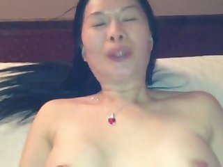 asian masseuse lets client fuck her