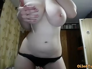 perfect huge natural tits camshow